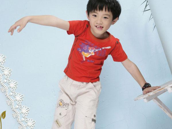 贝蕾尔特价童装招商 贝蕾尔童装加盟 品牌童装专卖店 什么牌子的童装