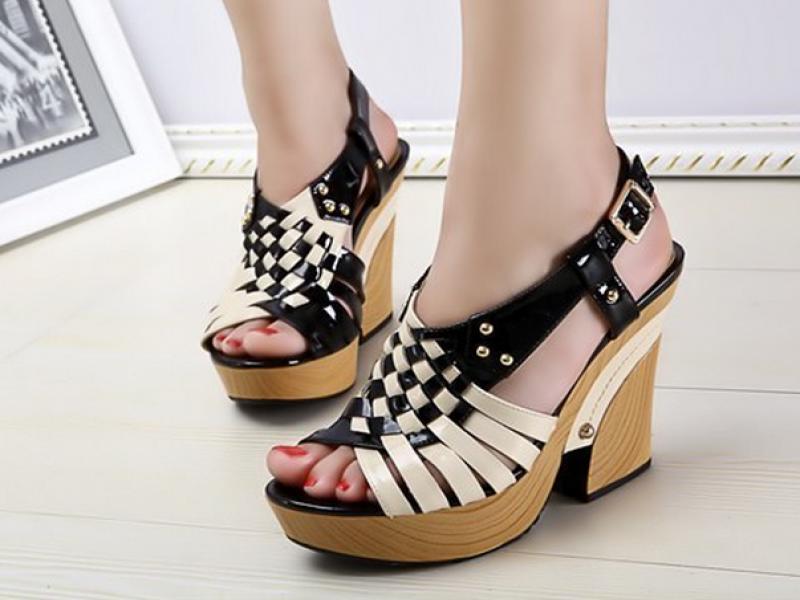 女鞋/伊伴女鞋2013新款...