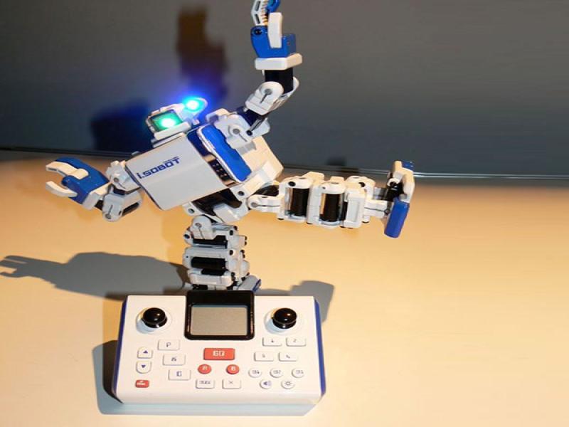 嘉世达家用机器人