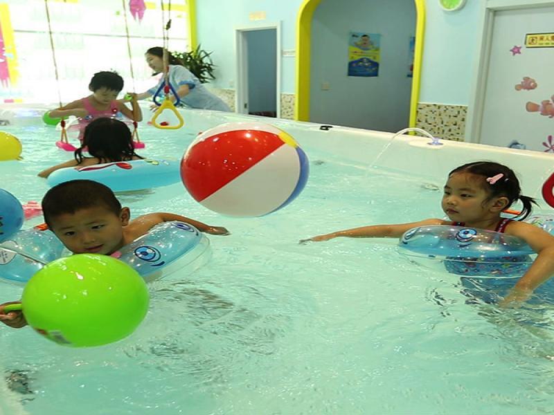 邻家儿女婴幼儿游泳馆