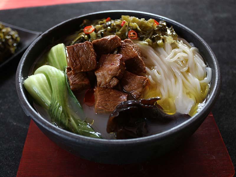 馋二坛小锅米线