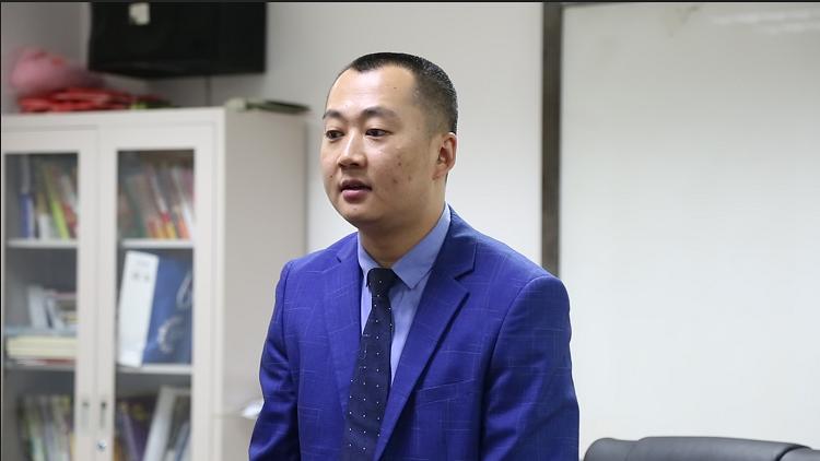 吕志伟先生专访