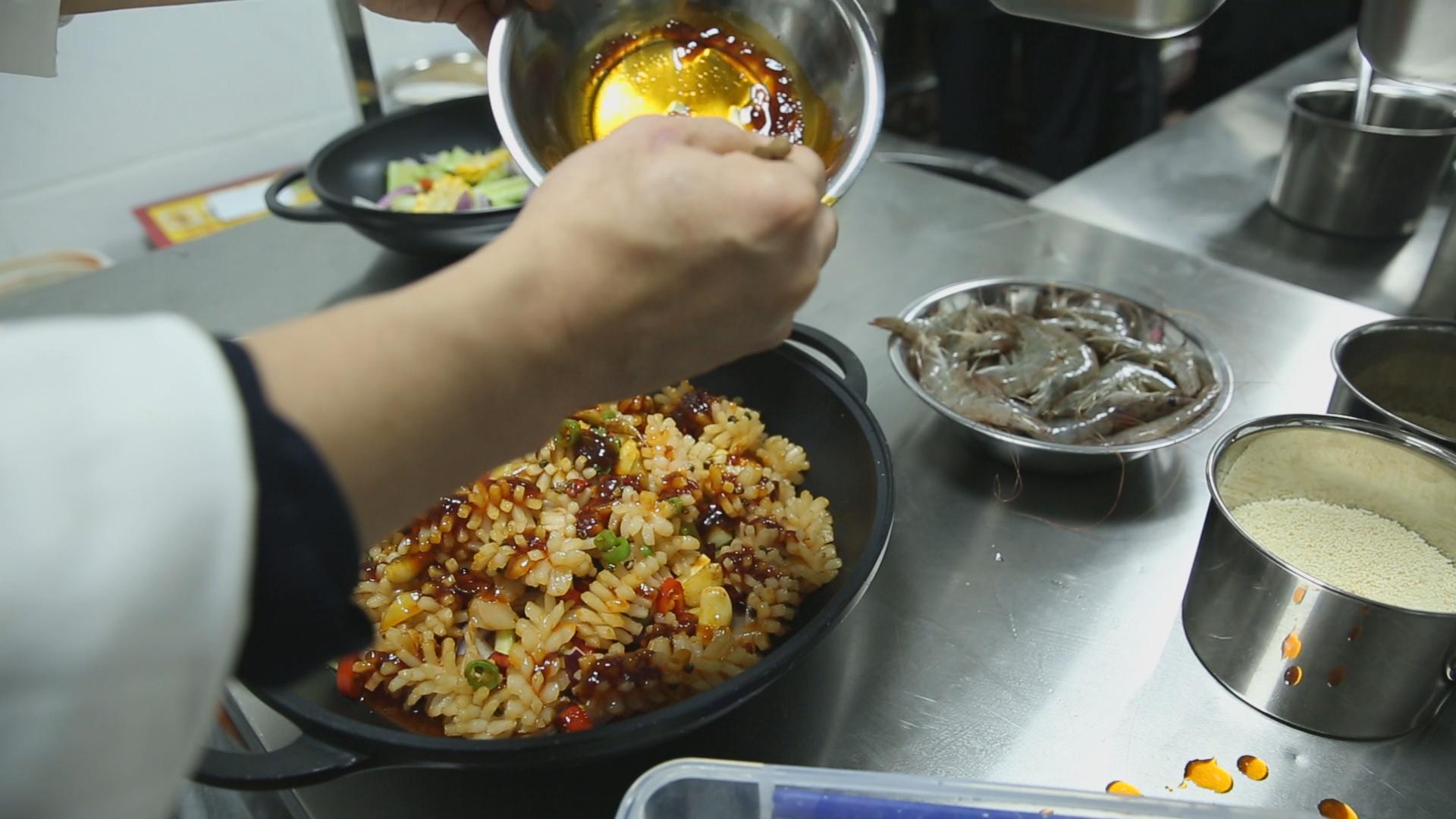 铁锅门香辣虾加盟多少钱 开店需要注意哪些问题