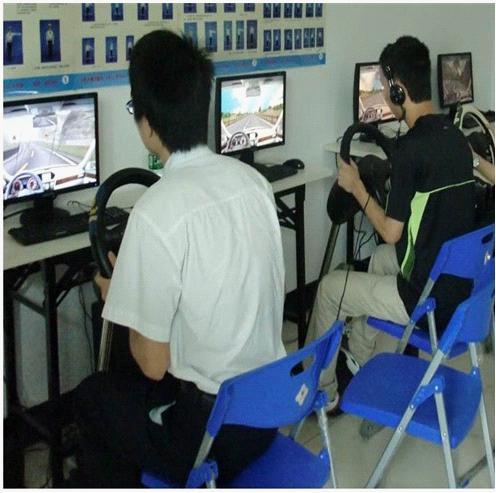 学车王智能驾驶训练机