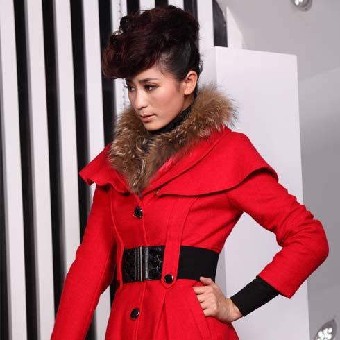 金蝶妮新款修身气质红色大衣