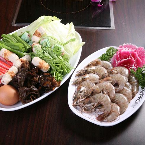 泡泡小火锅-大虾和蔬菜拼盘