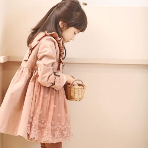 童话乐园蕾丝粉色小裙子
