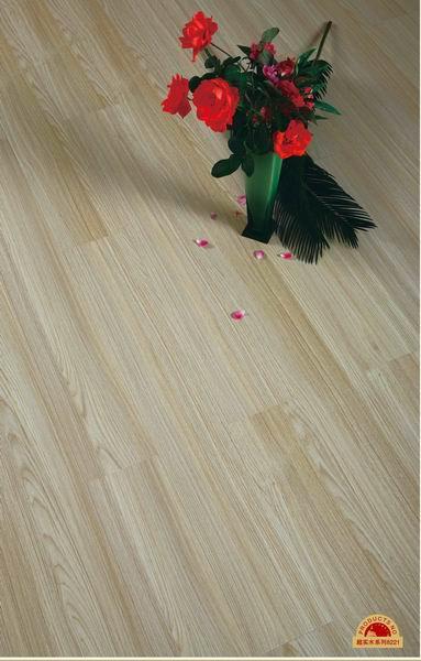 圣保罗地板温馨家园-超实木系列