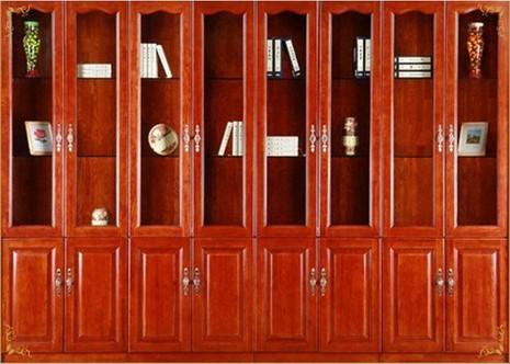 6mm实木贴皮,上漆,维意实木八门书柜表面有光泽