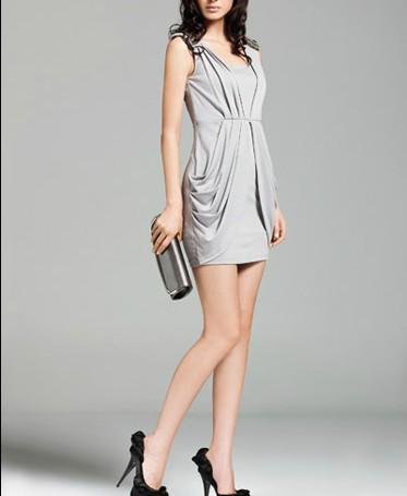 创业项目 女装 简画服饰招商加盟  简画服饰秉承着服装精致的制作工艺