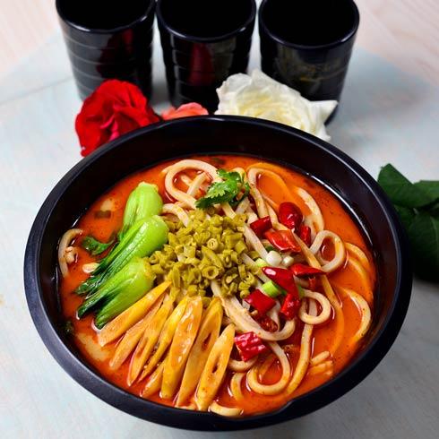 回味酸辣面 -食面族中式快餐-中式快餐加盟-食