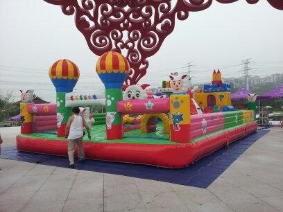 批发销售各种玩具,幼儿园游乐设施等