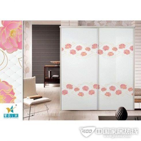 浮雕衣柜门板、彩绘百叶衣柜门、彩绘木塑衣柜门以及多种彩绘移门
