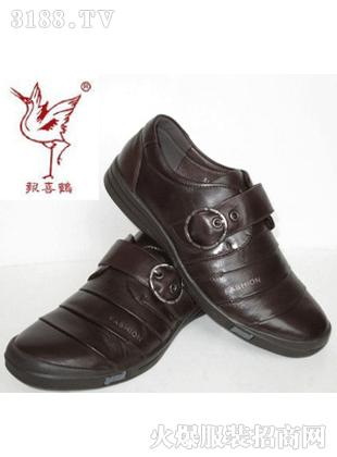 报喜鹤新款皮鞋