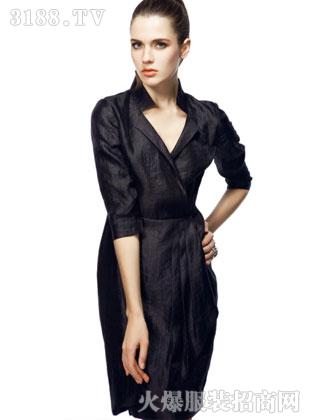 薇欧拉2012品牌女装高清图片