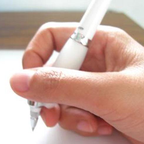 卡酷姆Z型笔握笔姿势