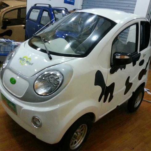 知影电动车产品-知影四轮电动车白色新款