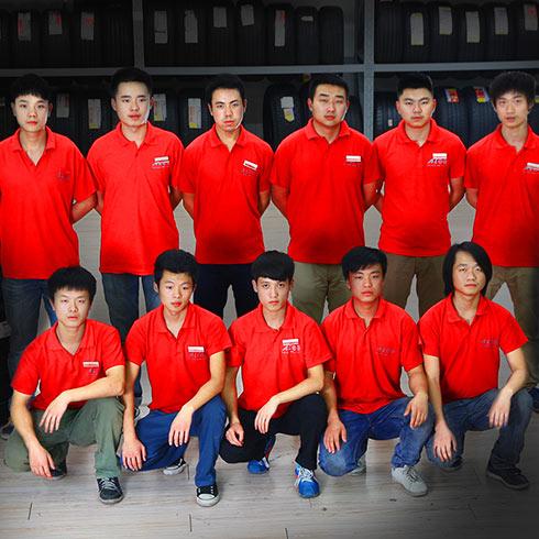 标准化的服务团队