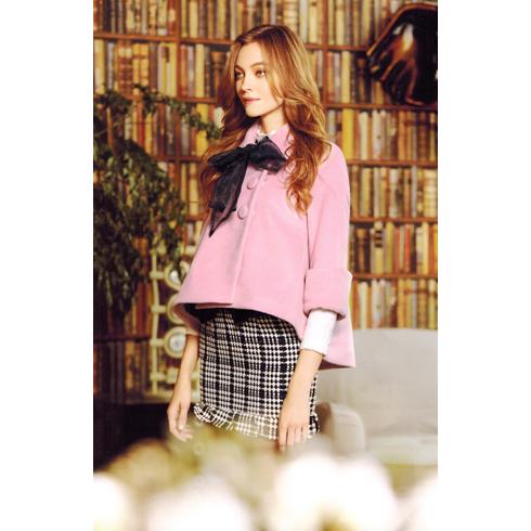 韩美后女装产品-甜美斗篷式小外套