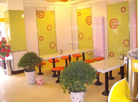 中国兰州牛肉拉面室内装修效果图