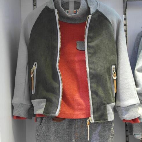 潮童天地童装产品-休闲绒衫外套