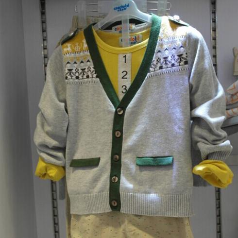 潮童天地童装产品-休闲中间一排扣纯棉外套