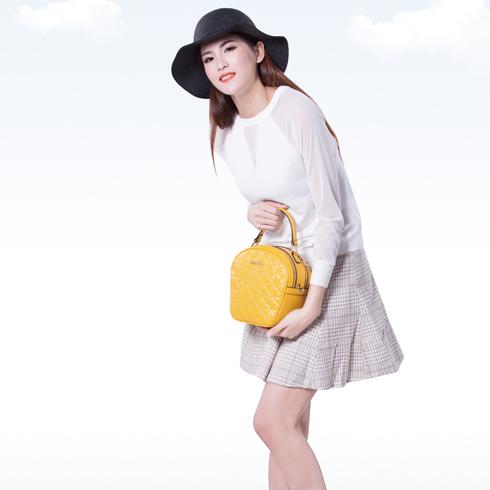 卡仙奴女装产品-早春淑女套装裙