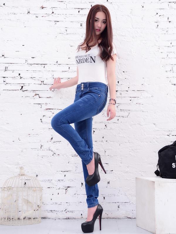 美酷思服饰-干练牛仔裤