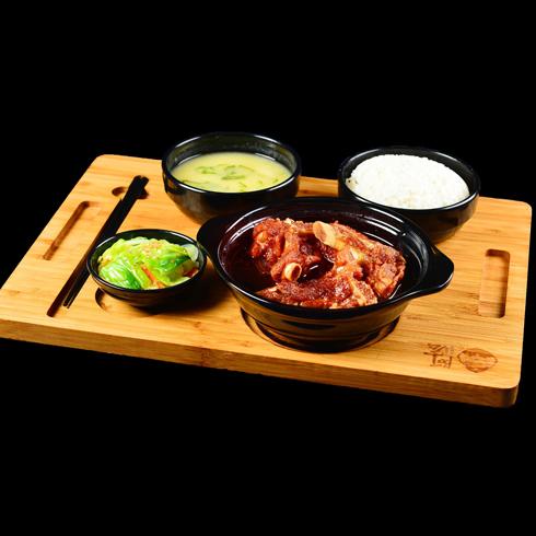 憨小二坛子焖肉-酱香排骨套餐