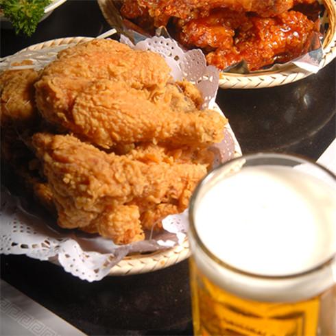 卡贝奇啤酒炸鸡-炸鸡配啤酒