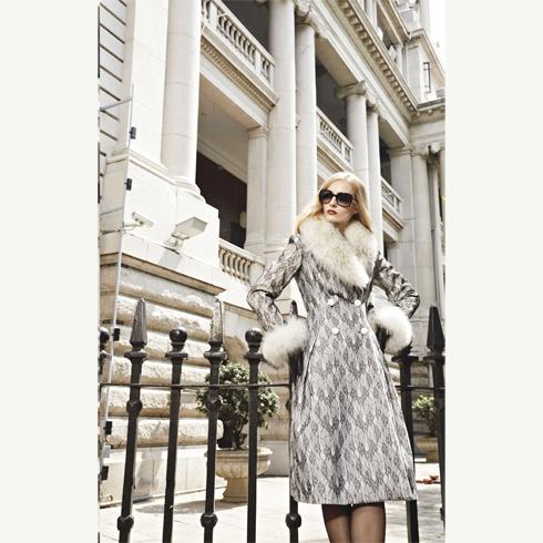 显瘦羊绒呢子大衣