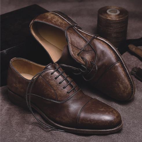 新款休闲皮鞋