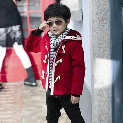 成长衣派童装-大红色童装