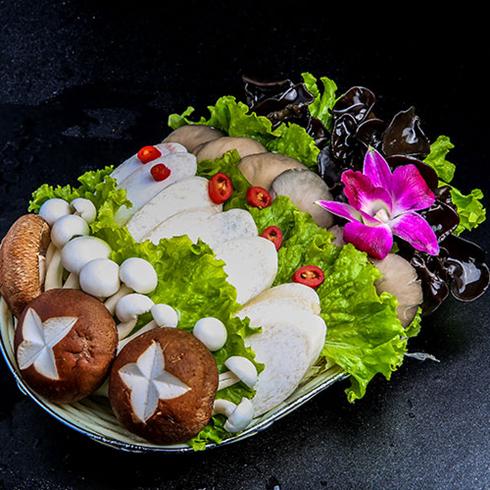 一锅两头牛火锅-蘑菇军团