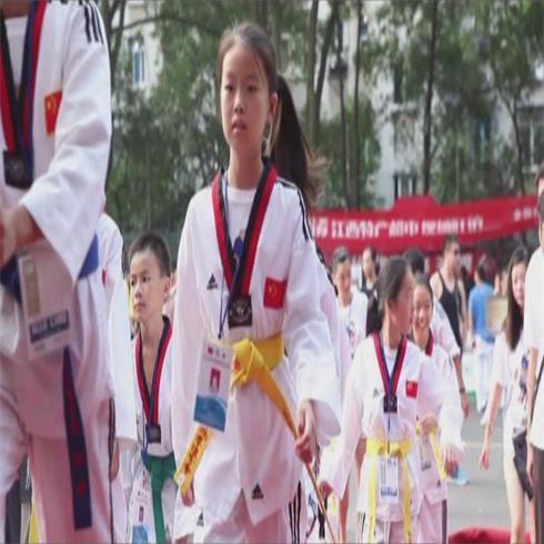 峰道会跆拳道联盟学生