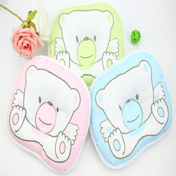 新生婴幼儿枕头可爱小熊卡通侧翻枕舒适定型翻身枕婴儿必备