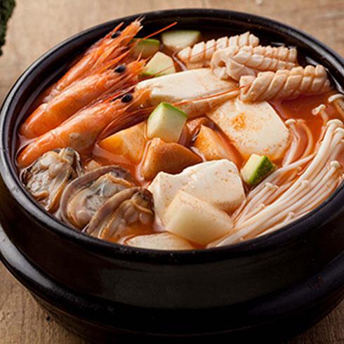 谷喜农韩国料理-海鲜豆腐汤
