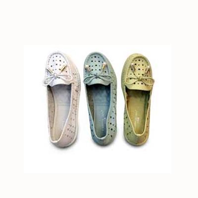 卡帝乐镂空皮鞋