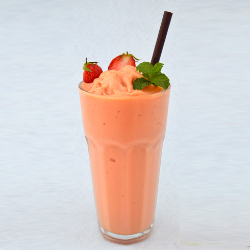missmilk酸奶家族-草莓奶昔