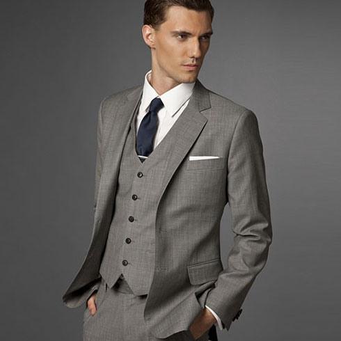 穿衣典量身定制男装