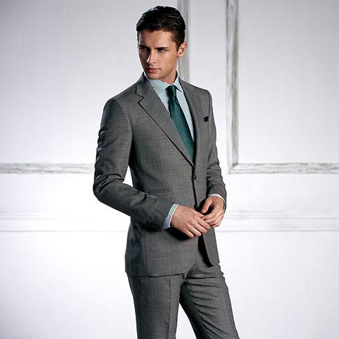穿衣典量身西装