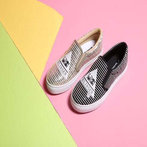 木林森帆布女鞋