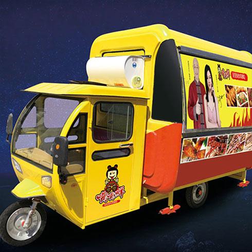 嘴嘴鲜街景餐车-多功能街景餐车