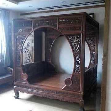 红木家具 花梨木圆门架子床/拔步床