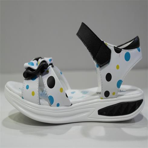 亲子城-时尚皮童凉鞋