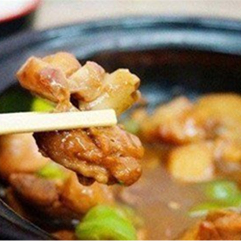 福宇记黄焖鸡美食