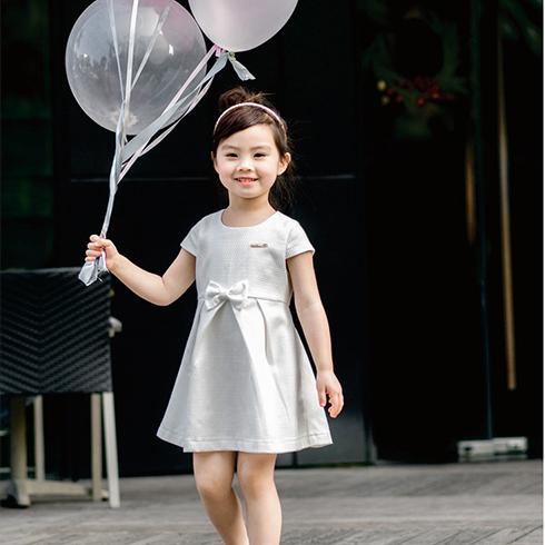 简洁条纹小长裙