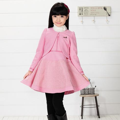 木木雨雨-粉色连衣裙波浪下摆时尚