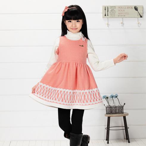 木木雨雨-桔色连衣裙童装版