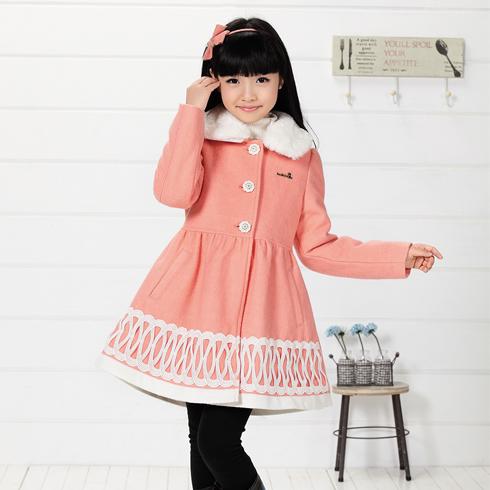 木木雨雨-桔色中长款童装绒毛连衣裙